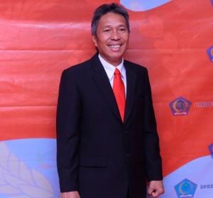Bupati Minsel Frangky D Wongkr SH MH